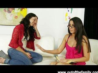 Nikki Daniels asks her mommy for BJ help