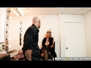 Burlesque dancer fucks her fan
