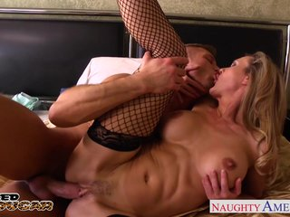 Flaxen-haired cougar Brandi Fancy fucking a big dig up