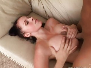 Gianna Michaels Gets Her Face Plastered Round