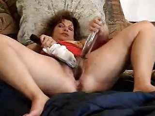 Great masturbation of a pervert mature bitch. Amateur