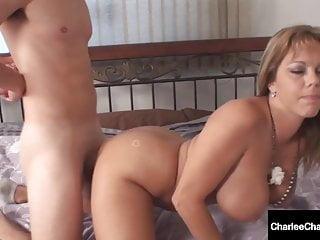 Milf Charlee Hunt & Amber Lynn Bach Suck & Milk A Enduring Cock
