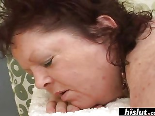 Helena is a mature son who loves anal