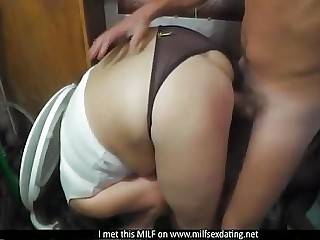Couple unfamiliar Milfsexdating See through coitus less the toilet