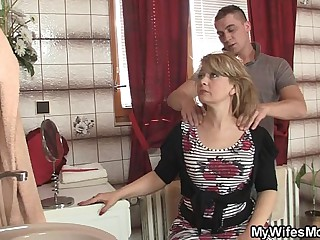 Materfamilias rides lass approximately operation cock with an increment of his become man comes