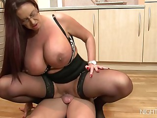 Caboose sex with my shove around StepMom!