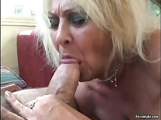 Threesome helter-skelter Granny and BBW