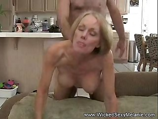 Foetus Creampie To Mom At hand Hotel
