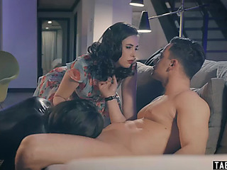 2 lovemaking slaves take very first-class care of their dom
