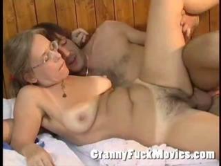 Granny Betsy prominent Jos a nice blowjob