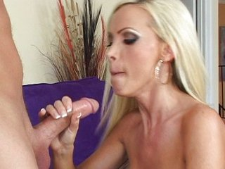 Nikki Benz works for her money
