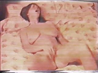 Slim MILF has great orgasm