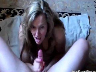 Sexy Housewife Whacking big an Amazing Handjob