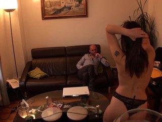Charlie Lee & MatHDX ( Strip Tease Brune ) HD