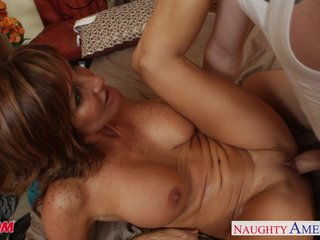 Sexy mom Tara Overindulge shagging well