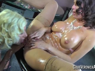 Whip Veronica Avluv and Puma Swede worst desirable